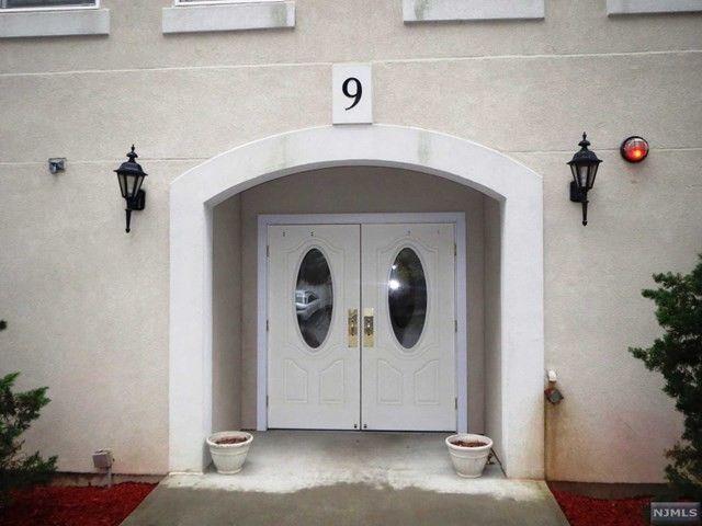 Home for rent 16 fern ter wayne nj 07470 for 17 agnes terrace hawthorne nj