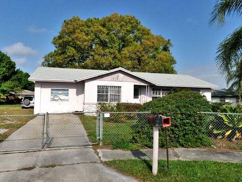 2607 Arnold Ct, Fort Pierce, FL 34946