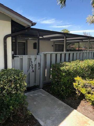 Photo of 1307 Peppertree Trl Apt A, Fort Pierce, FL 34950