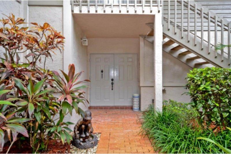7629 Cinebar Dr, Boca Raton, FL 33433