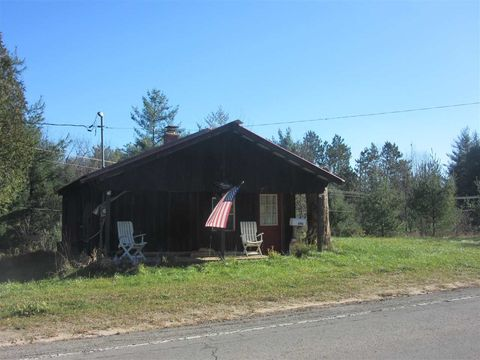 Photo of 696 County Road 17, Russell, NY 13684