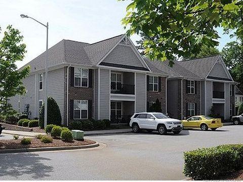 Photo Of 210 Fountainhead Ln Fayetteville Nc 28301