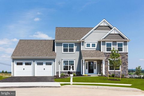 498 Apple Hollow Rd, Mechanicsburg, PA 17055