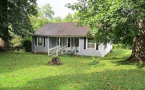 Photo of 15 Robert Scroggs Dr, Hayesville, NC 28904