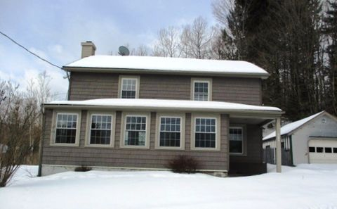 Photo of 1717 County Route 16, Fort Ann, NY 12827