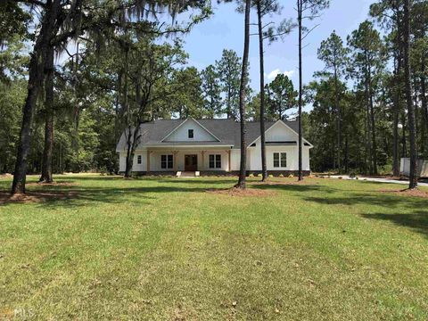 Photo of 34 Forest Pines Dr, Statesboro, GA 30458