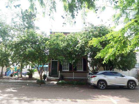 312 N Union St, Natchez, MS 39120