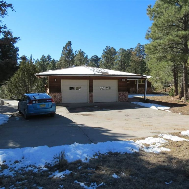 217 Barranca Rd Los Alamos, NM 87544