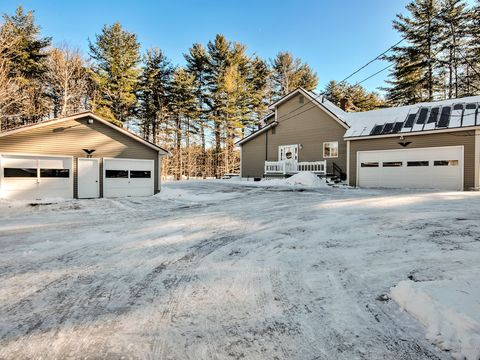 27 Birch Cir, Sidney, ME 04330