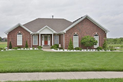 213 Champions Way, Simpsonville, KY 40067