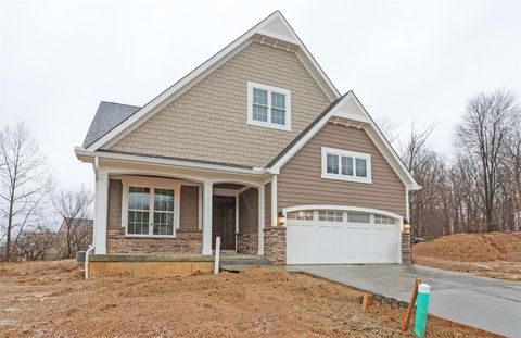 11 Orchard Trail Dr, Montgomery, OH 45242