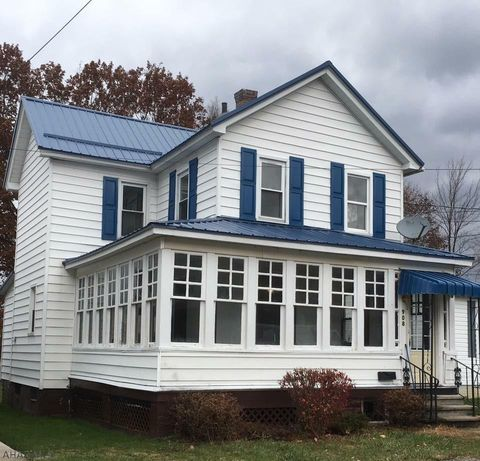 908 Conemaugh Ave, Portage, PA 15946