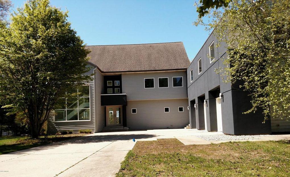 Saugatuck Rental Properties