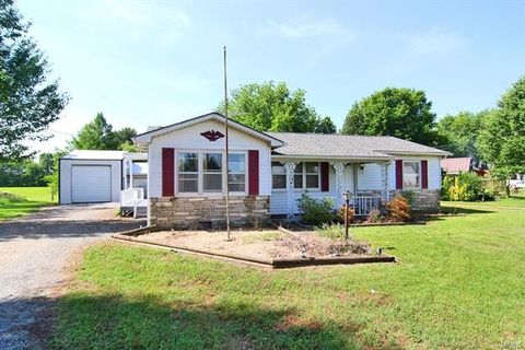 34114 State Highway 25, Advance, MO 63730