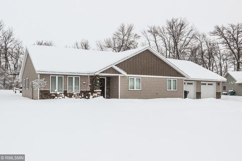Photo of 803 Macalester Ct, Albany, MN 56307