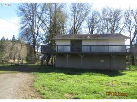 1221 Ivy St, Vernonia, OR 97064