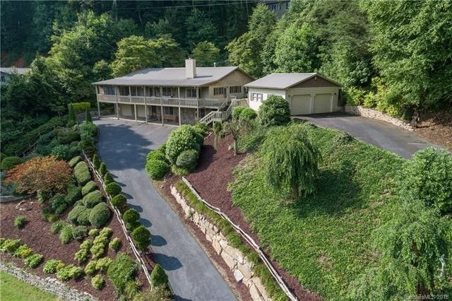 635 Country Club Dr, Maggie Valley, NC 28751