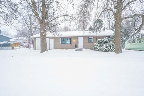 Photo of 222 S Oak St, Norwood Young America, MN 55368