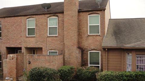 10662 Bexley Dr, Houston, TX 77099