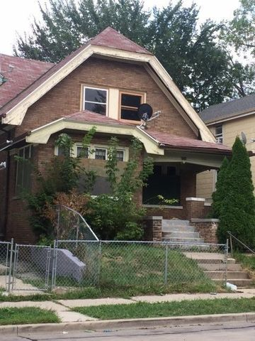 Historic mitchell street milwaukee wi recently sold for Mitchell homes price list