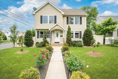 Photo of 319 Dekalb Ave, Woodbridge, NJ 07095