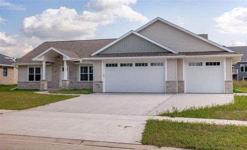 Photo of 2006 Dollar Rd, De Pere, WI 54115