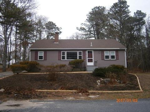 130 Gages Way, South Dennis, MA 02660