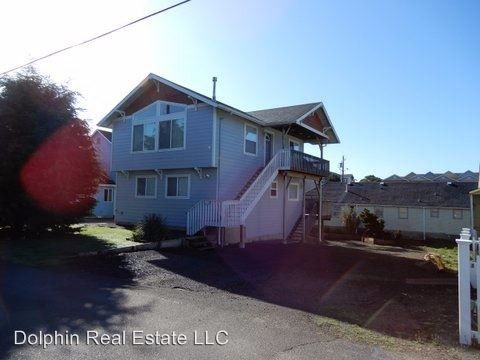 Photo of 1308 Nw 16th St, Lincoln City, OR 97367