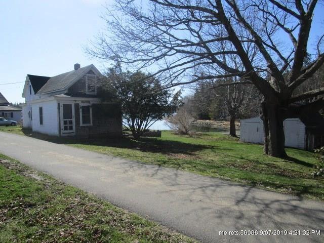 11 Indian Creek Rd, Vinalhaven, ME 04863
