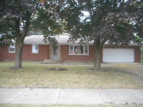 4 N304 N Mill Rd, Addison, IL 60101