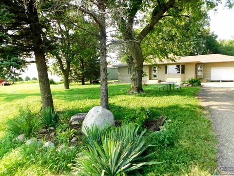 47390 280th St, Worthing, SD 57077