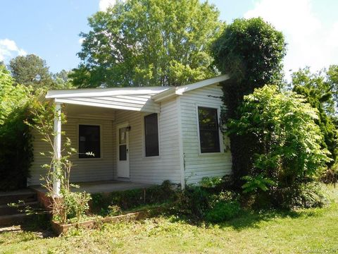 Photo of 715 Mauney Rd, Stanley, NC 28164