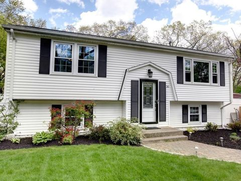 Attleboro, MA Houses for Sale with Swimming Pool - realtor com®