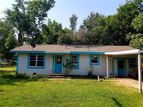 Photo of 204 S Main St, Sadler, TX 76264