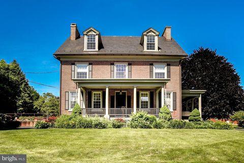 Lancaster, PA Houses for Sale with 2-Car Garage - realtor.com®
