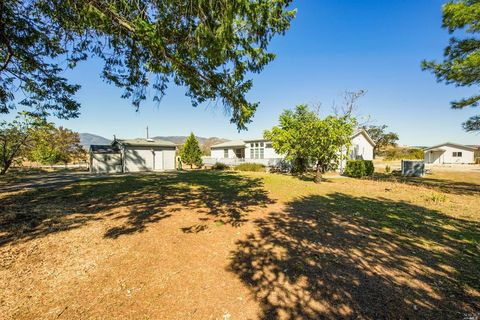 Photo of 21067 Barnes St, Middletown, CA 95461