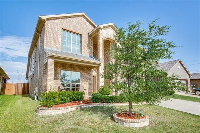 12813 Hidden Valley Ct, Fort Worth, TX 76177
