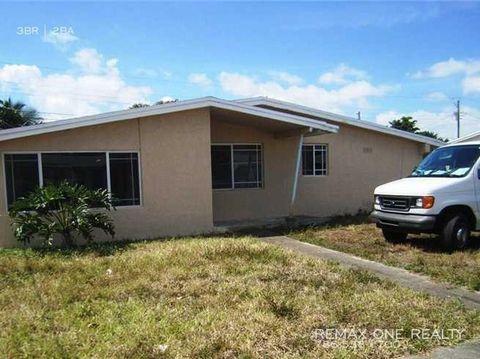 Photo of 1301 Nw 176th Ter, Miami Gardens, FL 33169