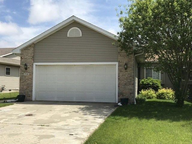 714 N Jackson Ave, Bradley, IL 60915