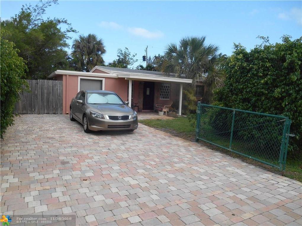 2588 NE 14th Ave Pompano Beach, FL 33064