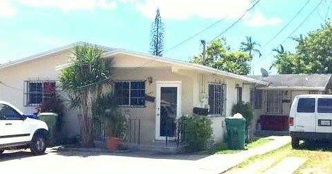 1950 Nw 18th Ter, Miami, FL 33125