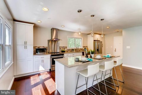 4901 Canvasback Dr, Columbia, MD 21045