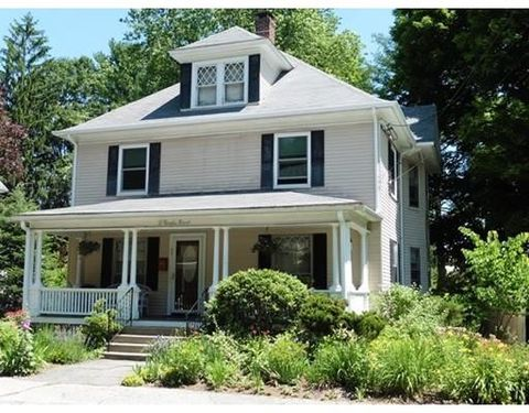 31 Brooks St, Maynard, MA 01754