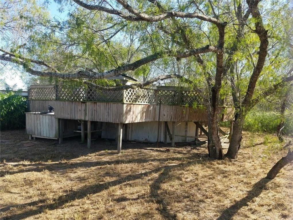 23095 County Road 1038, Mathis, TX 78368