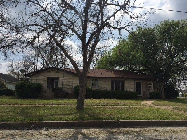 612 hugo yoakum tx 77995 home for sale real estate