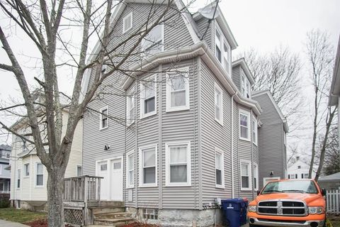128 Armour St Unit 3, New Bedford, MA 02740
