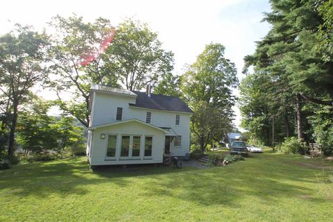 Photo of 315 E Bethel Rd, Randolph, VT 05061