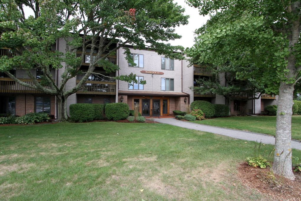 24 Old Colony Way Apt 1 Orleans, MA 02653