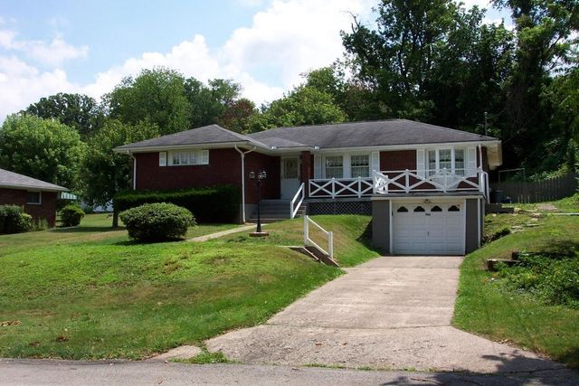 906 blackstone ave connellsville pa 15425 home for sale and real estate listing