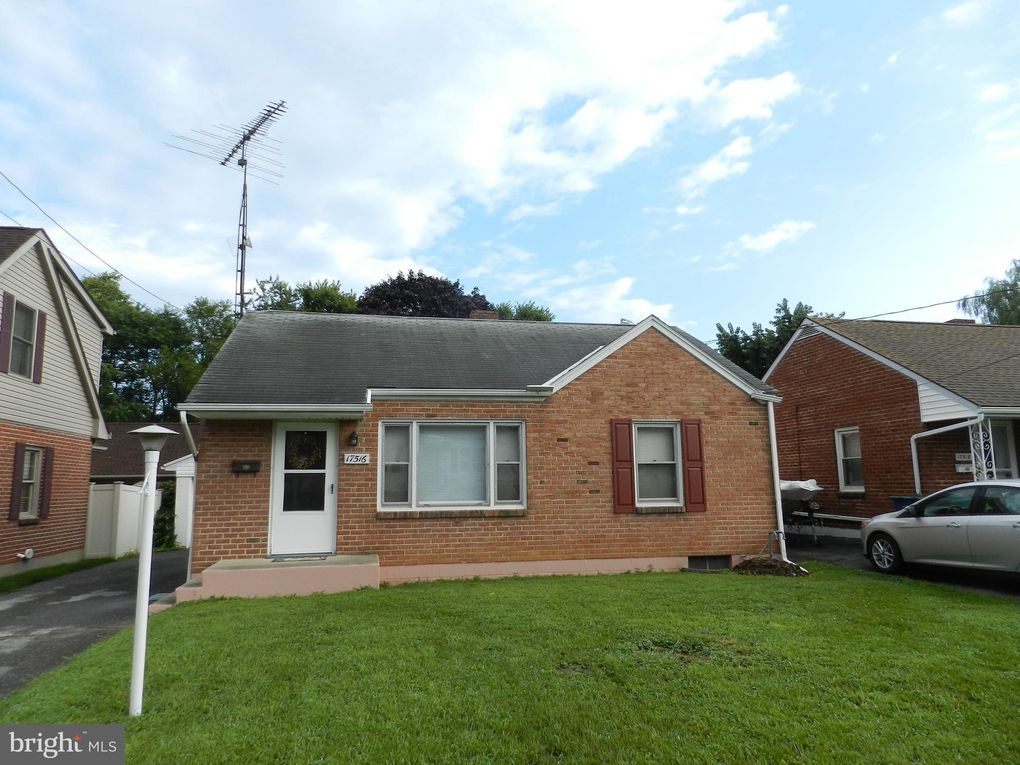 17516 Lexington Ave, Hagerstown, MD 21740
